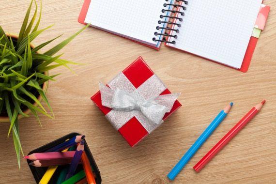cadeaux, Julie Blais Comeau, conférence, étiquette, livre