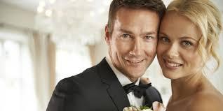 wedding, mariage, Julie Blais Comeau, livre, book, etiquette, business etiquette, etiquette expert, book, conference, speaker, Julie Blais Comeau, conférence, étiquette, étiquette professionnelle, étiquette des affaires, livre