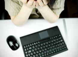 EMAIL, courriel, etiquette, business etiquette, etiquette expert, book, conference, speaker, Julie Blais Comeau, conférence, étiquette, étiquette professionnelle, training, formation, étiquette des affaires, livre