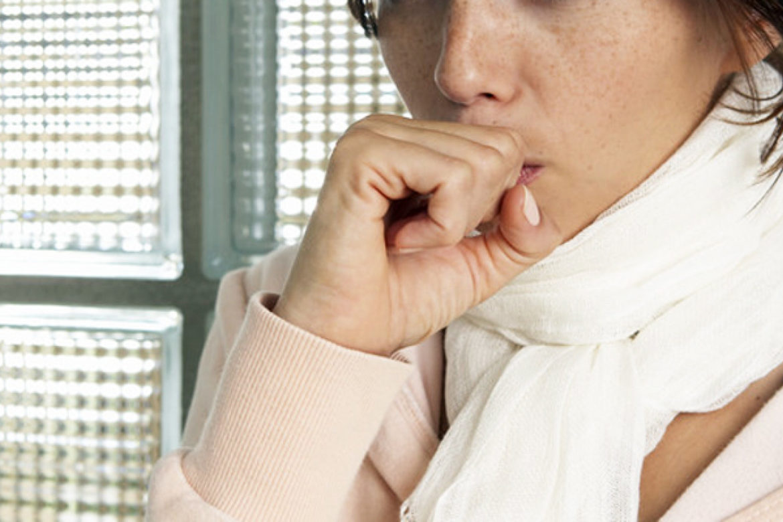 tousse, coughing, étiquette, civilité, collègue, affaires, conférence, livre, Julie Blais Comeau