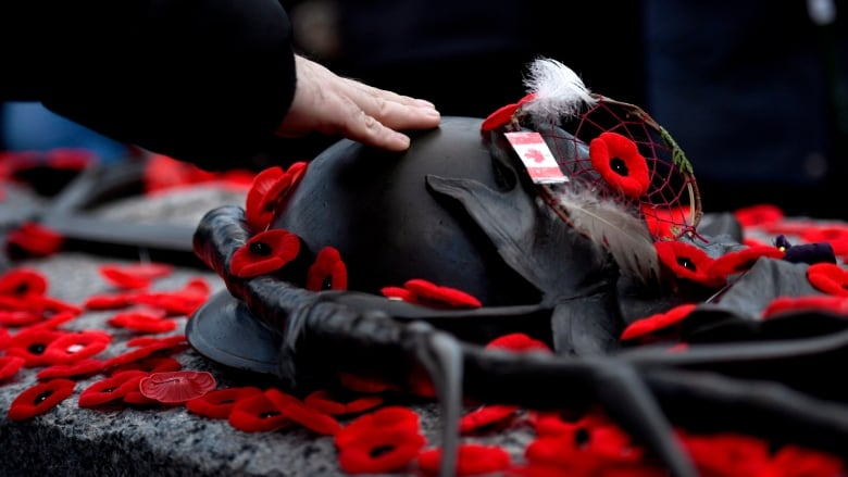 Remembrance Day Etiquette Julie Blais Comeau